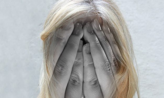 Omeopatia contro la depressione: il modo delicato per rimettersi in salute