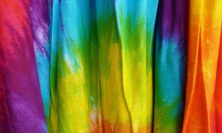 Fai le tue t-shirt batik