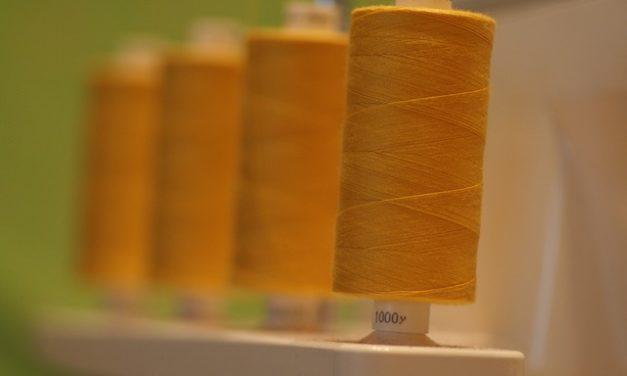 Poliestere o cotone: supporto decisionale per un tipo di tessuto