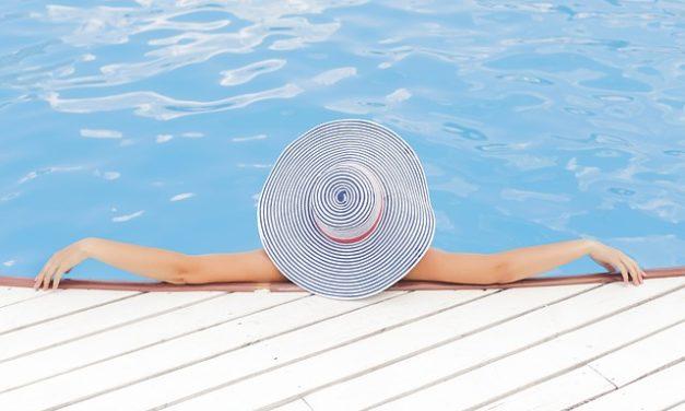 Calcolo dei metri cubi: quanta acqua per la piscina?