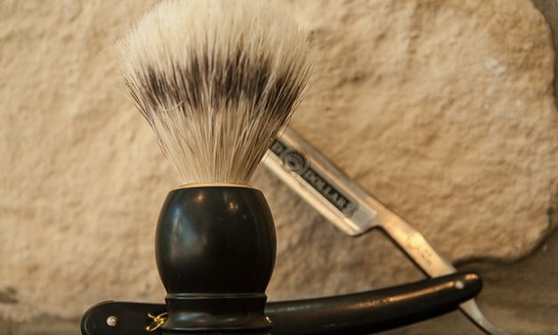 Come radersi correttamente? Consigli per portatori di barbe