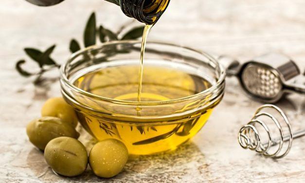 Olio d'oliva contro la costipazione: questo è ciò che dovete tenere a mente