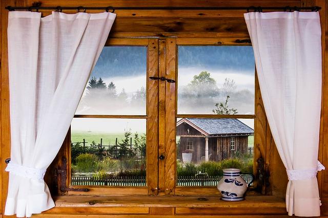 Davanzale finestra in marmo come abbellirlo - Davanzale finestra ...