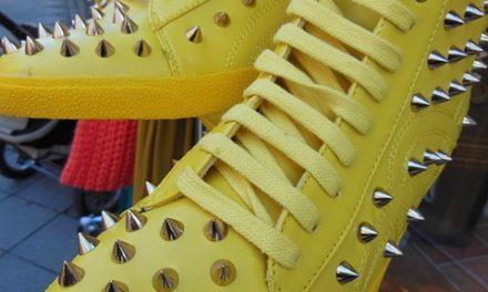Bastoncini appiccicosi sugli stivali: una guida artigianale