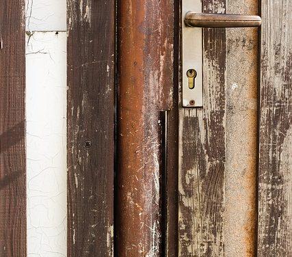Consegna delle chiavi all'appartamento: si può chiedere al locatore di fare quanto segue