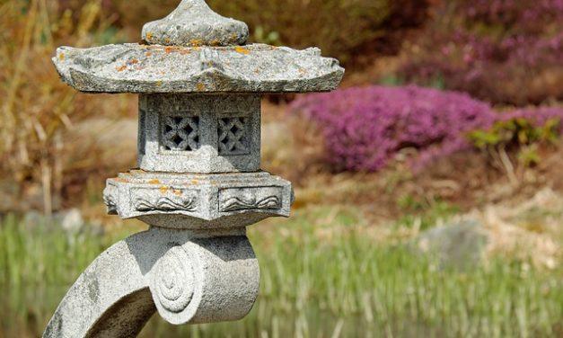 Mantenere il tavolo da giardino in granito correttamente