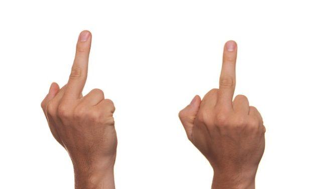 Azione d'insulto: Avviso legale