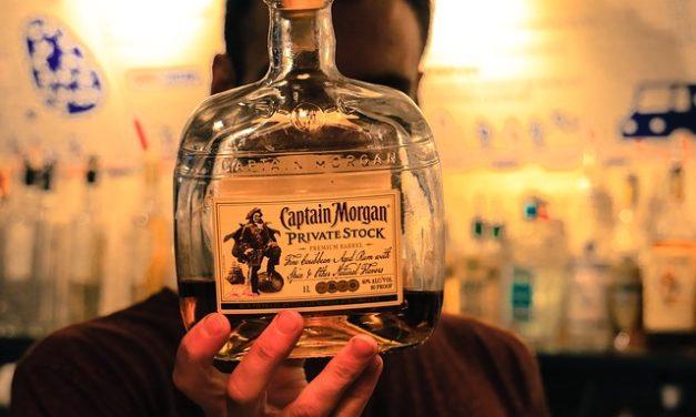 Alcol: svantaggi del consumo di alcol per il corpo spiegato semplicemente