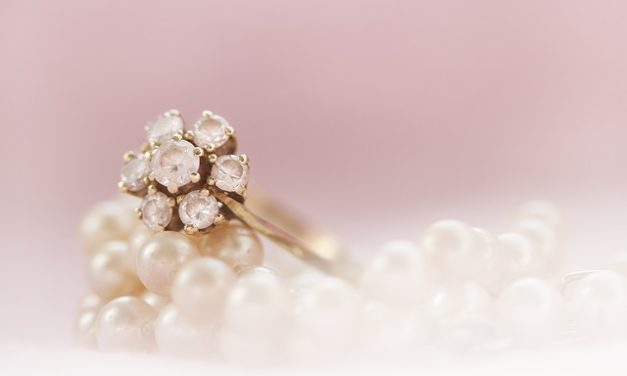 Argento rodiato: questo è ciò che si dovrebbe considerare al momento dell'acquisto di gioielli