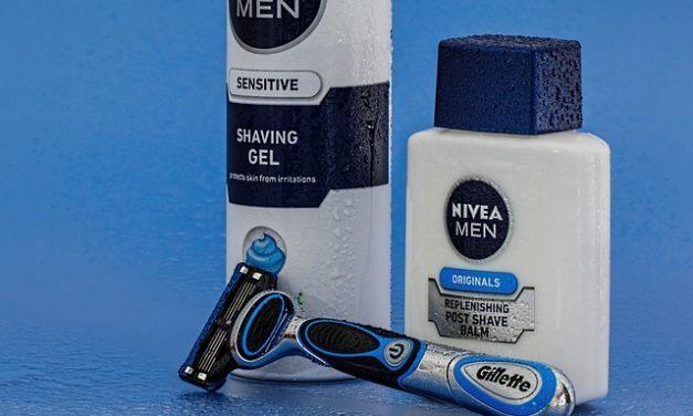 Come evitare i brufoli da barba