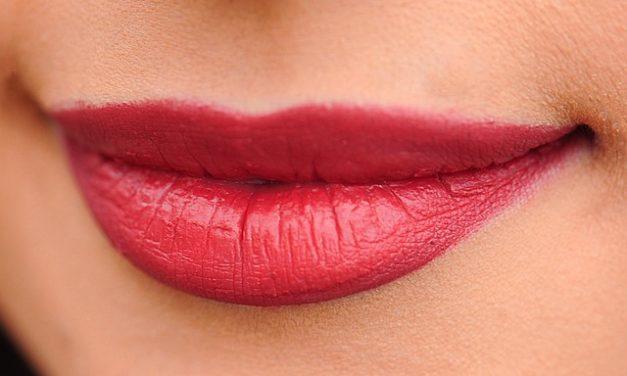 Burlesque make-up: come provarlo