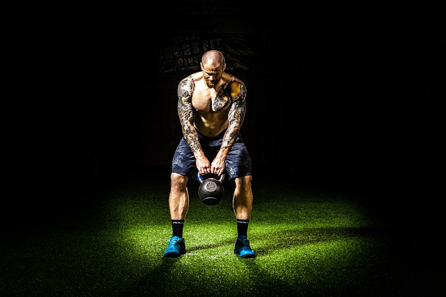 Stress muscolare nel braccio superiore: cosa fare?