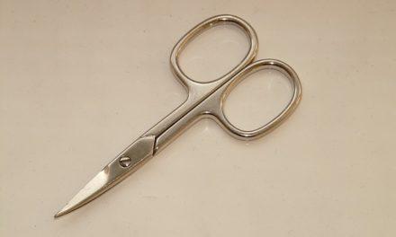 Tosatrici chiodo meglio di forbici unghie? Come valutare correttamente i vantaggi e gli svantaggi