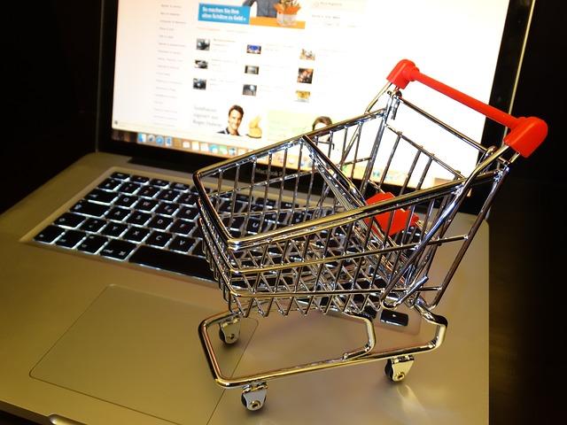 Ricezione TV via Internet: è così che funziona legalmente con il tuo computer portatile