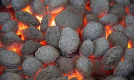 Riscaldamento con bricchette di legno: questo è ciò che si dovrebbe essere a conoscenza di
