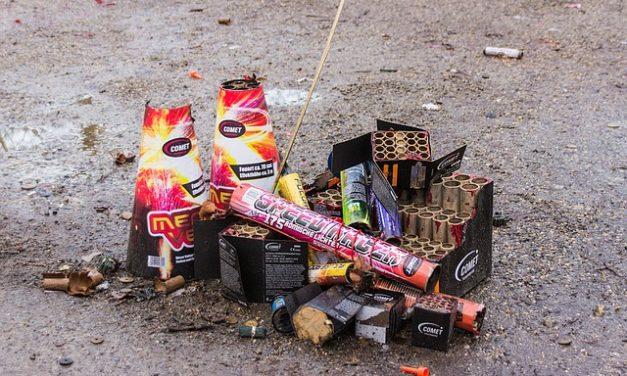 Smaltimento dei petardi: qui rientrano i fuochi d'artificio inutilizzati