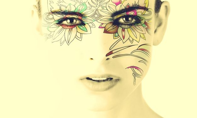 Tatuaggio a labbro inferiore: questo è ciò che si dovrebbe notare in anticipo