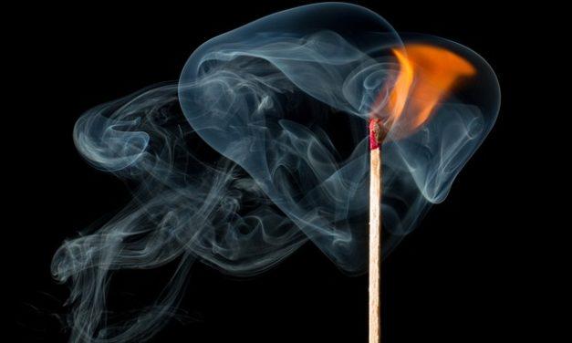 Il fumo stimola il metabolismo? Cosa dovresti sapere