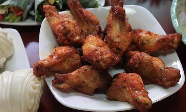 Che cosa mangiano i polli? Mantenere i polli a posto giusto