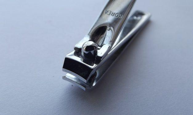 Le unghie tagliate troppo corte: cosa fare?