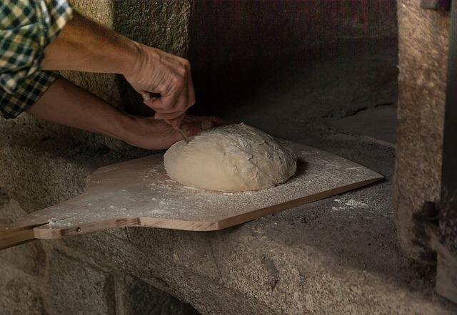 Forno a cottura a tempo: vantaggi e svantaggi rispetto ai forni a cottura permanente