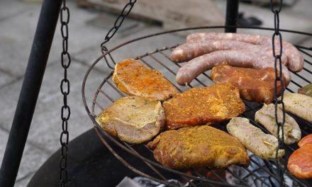 Mura un barbecue da giardino: è così che funziona la pietra naturale