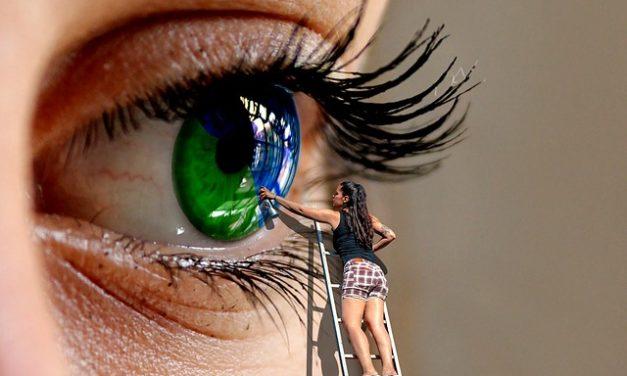 Cambiamenti di colore degli occhi: una spiegazione del fenomeno