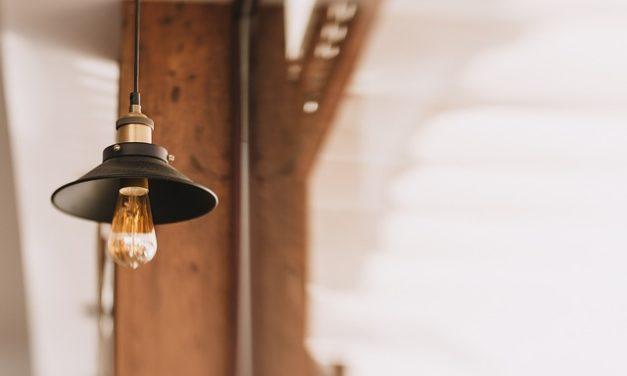 Agganciare la lampada: è così che funziona