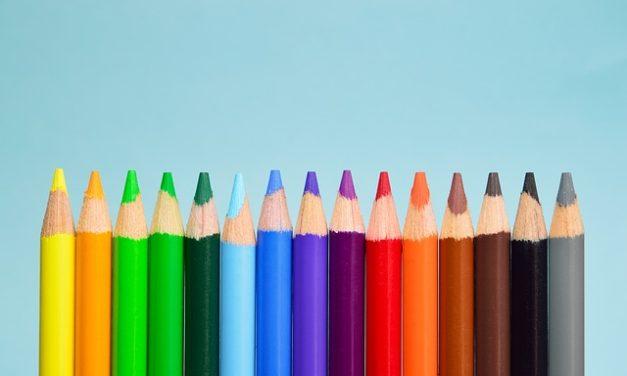 Quale colore corrisponde al viola? Come combinare adeguatamente i colori tra loro