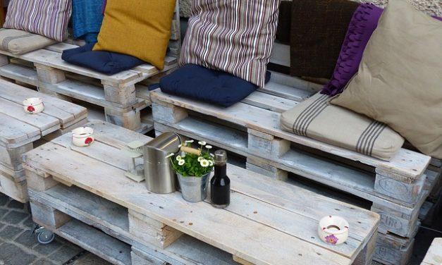 Costruire mobili da giardino da pallet: Suggerimenti e suggerimenti per mobili insoliti