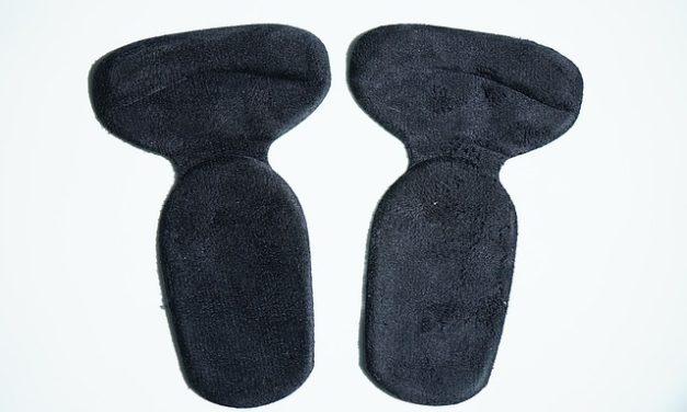 Suggerimenti per i seni più grandi: come usare i tamponi per il seno