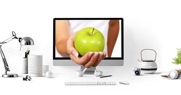 Cosa va bene con il verde mela? Come creare combinazioni di colori per la pittura murale