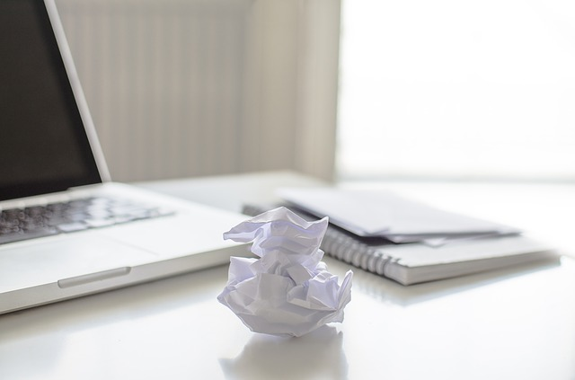 Schermo notebook diventa blu: come trovare le cause possibili