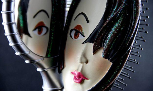 Asciugacapelli con spazzola rotonda: design creativo acconciatura