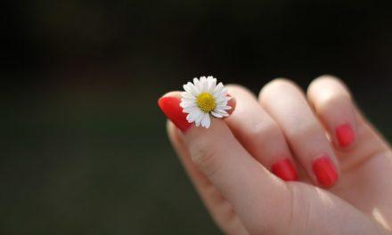 Lascia guardare le dita più a lungo: ecco come funziona