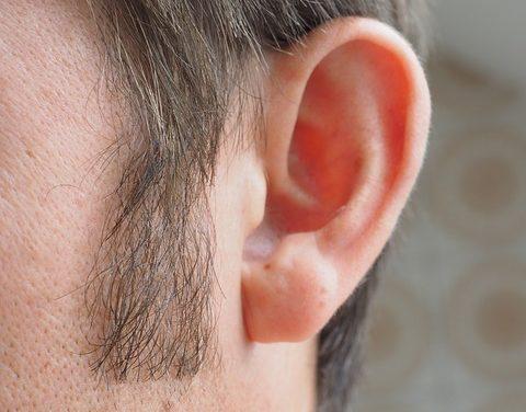 Nessuna crescita densa della barba: Suggerimenti