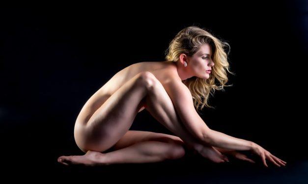 Fare il corpo dipingendo te stesso
