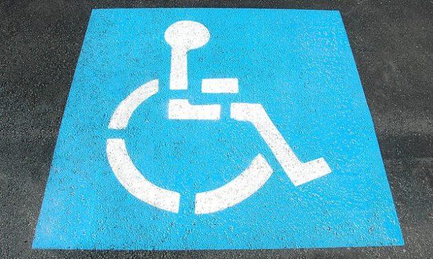 Parcheggio per disabili: questo è il modo in cui richiedere la carta d'identità della persona disabile