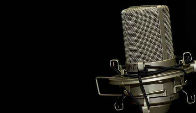 Accensione del microfono sul computer portatile: è così che si fa